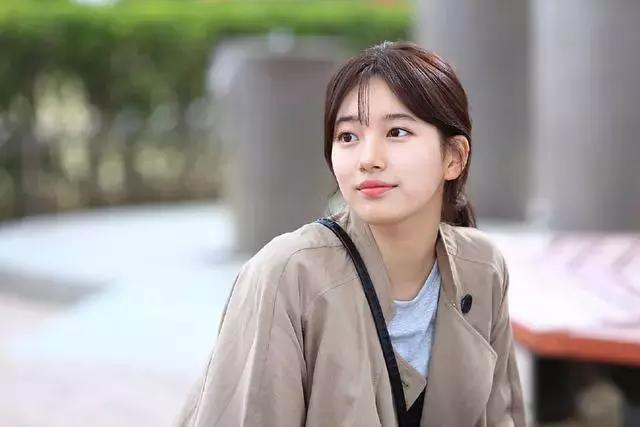 韩国美女明星排行榜 这7位美女确实养眼-第6张图片-爱薇女性网