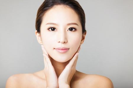 女人怎么瘦脸最有效?5种瘦脸的最佳方法-第2张图片-爱薇女性网