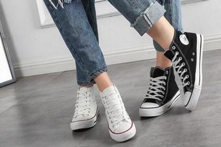 夏季穿高帮帆布鞋怎么搭配,三款穿搭时尚休闲又有范