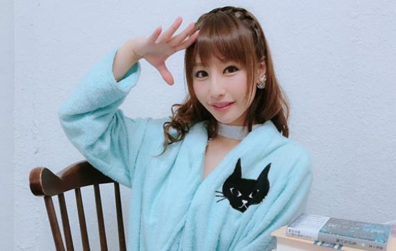 2020日本女优排行榜:10大漂亮女优资料简介及照片-第5张图片-爱薇女性网