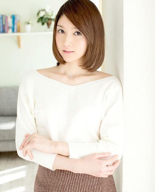 2020日本女优排行榜:10大漂亮女优资料简介及照片-第11张图片-爱薇女性网