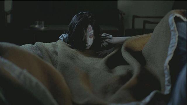史上最恐怖的鬼片电影:盘点13部吓死过人的鬼片-第5张图片-爱薇女性网