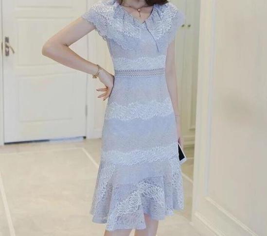 2021春季紧身包臀连衣裙,穿出潮流性感女人味-第2张图片-爱薇女性网