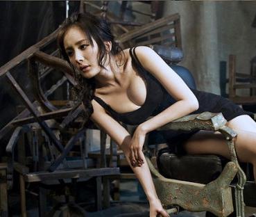 杨幂1分06秒是真的吗,女子酷似杨幂与人肉搏画面不堪入目-第1张图片-爱薇女性网